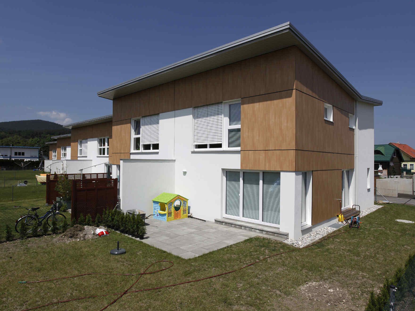 Fertighaus Niedrigstenergie-Wohnhausanlage