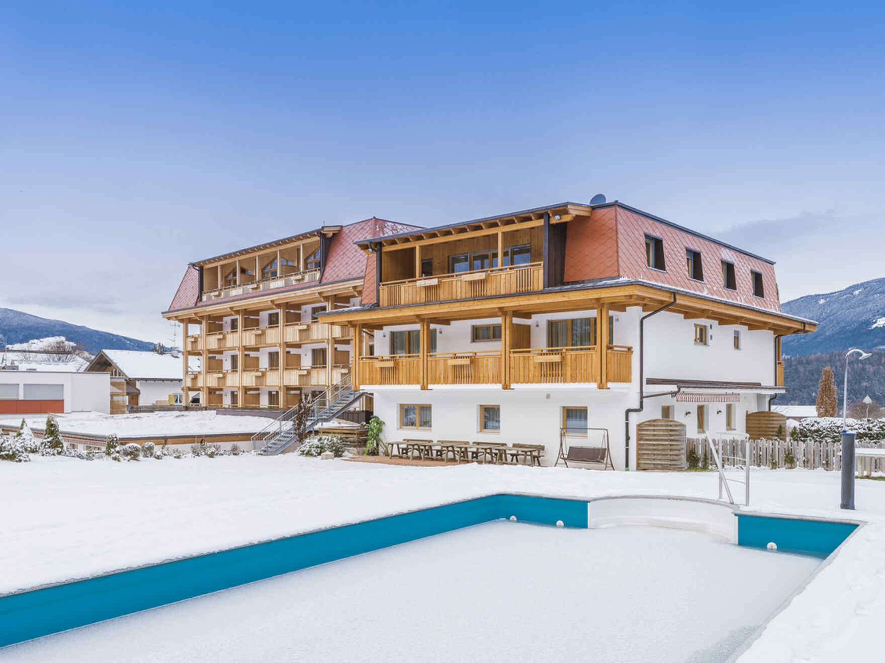 Fertighaus Hotel Reischach KG